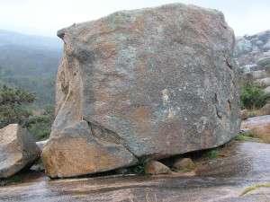Sztuczne skały