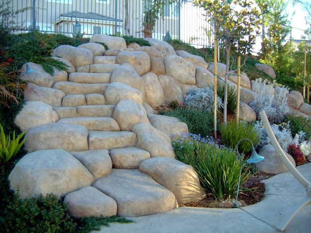 syntetyczne skały z betonu